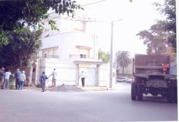 شريط مصور لفضيحة العدالة والتنمية في الرباط: بناء المقر العام للحزب بمواد بناء في ملكية مجلس المدينة