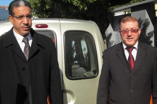 Photo of بعد أيام من اعتقال مديره السابق…عزيز رباح يقوم بزيارة للمكتب الوطني للمطارات
