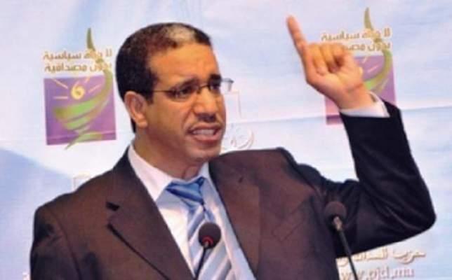 Photo of وزير التجهيز والنقل يقرر الكشف عن لائحة المستفيدين من رخص النقل عبر الموقع الالكتروني لوزارته