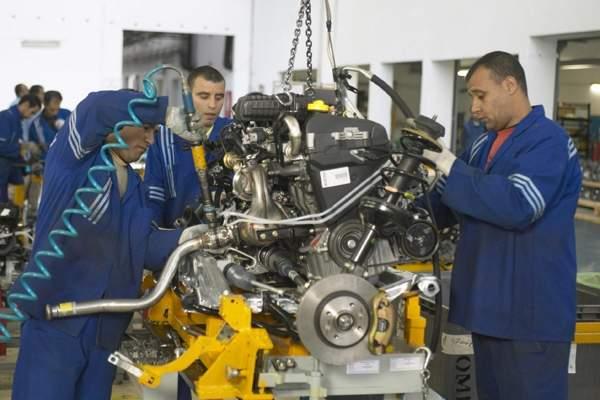 Photo of تفاصيل وضعية سوق الشغل خلال سنة 2011: تراجع على مستوى قطاعات المنتجة