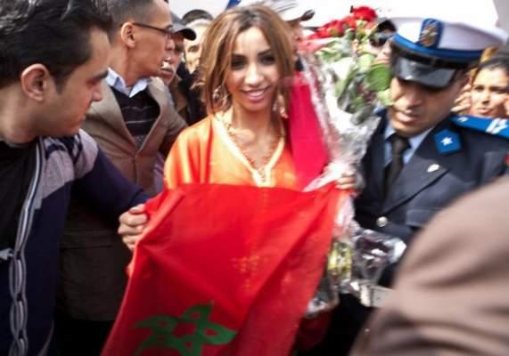 """Photo of فيديو وصور: دنيا باطما في المغرب لحشد الجمهور وتحقيق حلم التتويج بمسابقة """"آراب آيدول"""""""