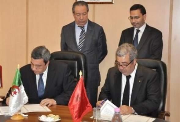 Photo of مصطفى الخلفي يشرف على توقيع بروتوكول تعاون بين وكالة المغرب العربي للأنباء ووكالة الأنباء الجزائرية