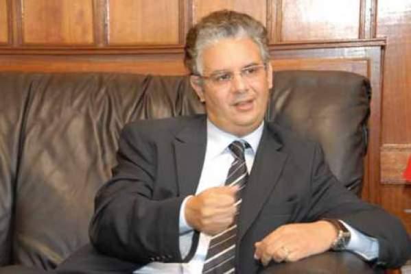 Photo of قانون المالية 2012: 60 في المائة من مناصب الشغل لفائدة حاملي الشهادات العليا