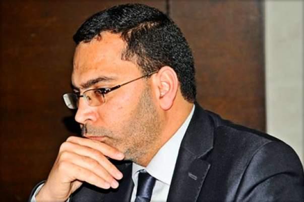 """Photo of فيديو: مصطفى الخلفي """"يكشكش"""" في البرلمان في مواجهة منتقدي دفاتر التحملات في الإعلام العمومي"""