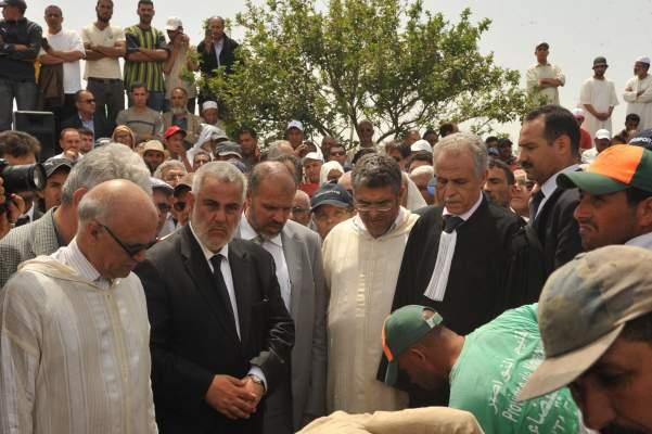 Photo of تشييع جثمان الناصري: بحضور رئيس الحكومة وأعضائها وشخصيات وازنة من بينهم الوزير الأول الأسبق عبد الرحمان اليوسفي