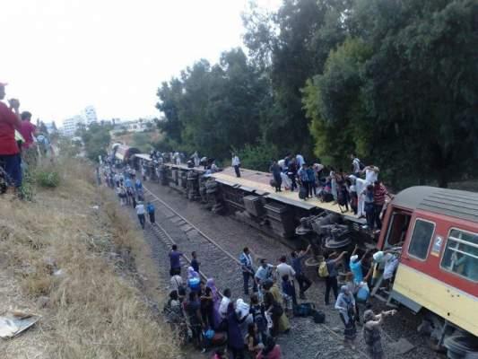 Photo of إصابة 43 شخصا جراء انقلاب قطار قرب فاس بسبب فعل تخريبي