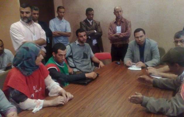 "Photo of بالفيديو: مصطفى الخلفي ""في حيص بيص"" أمام ""صنطيحة"" ومطالب المعطلين"