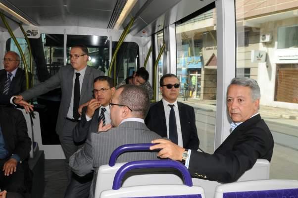 Photo of ساجد وبوسعيد وبنكيران ومستشارون يختبرون ترامواي الدار البيضاء