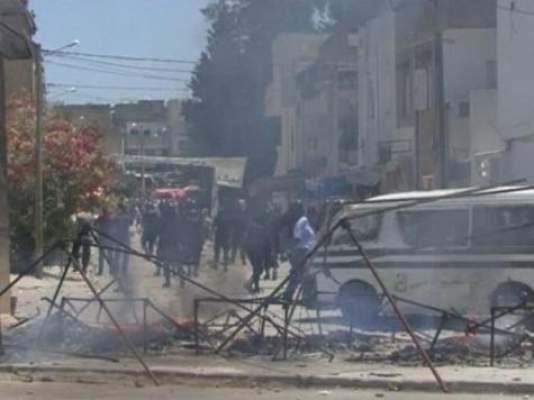 "Photo of بالفيديو.. تونس ما بعد الثورة: السلفيون الجهاديون يقولون ""ها الاسلام الحقيقي ماشي ديال حزب النهضة"""