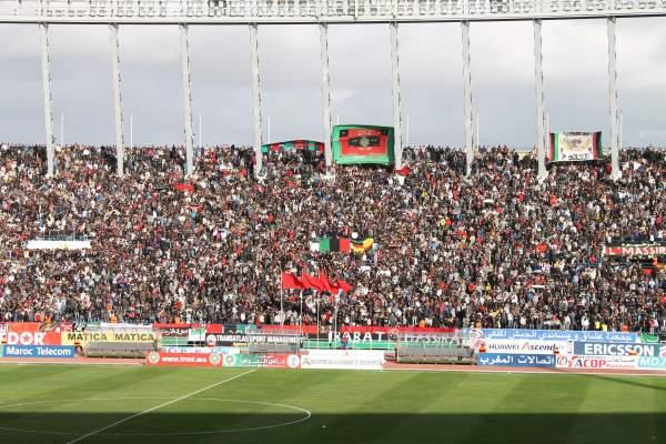Photo of مباراة المدرجات بين الجماهير العسكرية وجمهور الفريق الأخضر وحضور أزيد من 50 ألف