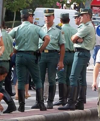 "Photo of مليلية: الحشيش المغربي و""الحرّاكة"" يتسببان في إلقاء القبض على رجال شرطة إسبان"