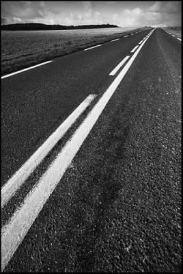 Photo of حصريا. حسب دراسة جديدة: سيتم تشييد 45 ألف كلمتر من الطرق و208 قنطرة جديدة لفك العزلة عن العالم القروي