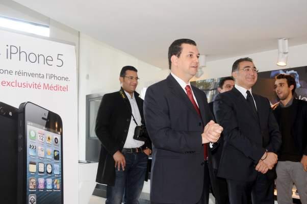 "Photo of الدار البيضاء: عرض هاتف ""آيفون 5"".. آخر ""صيحات"" شركة ""آبل"""