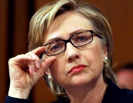 Photo of هيلاري كلينتون تفقد وعيها ويغمى عليها جرّاء إصابتها بارتجاج في المخ