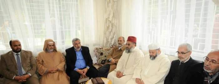 """Photo of قيادات من حركة """"التوحيد والإصلاح"""" تعزي في وفاة عبد السلام ياسين"""