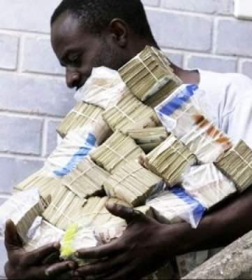 """Photo of إلقاء القبض على نيجيريين ينصبان بطريقة """"المسحوق العجيب"""""""