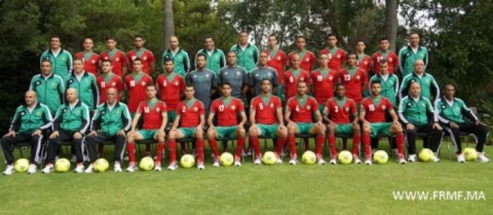 """Photo of """"أكورا"""" تنشر الصورة الرسمية للمنتخب الوطني لكرة القدم"""