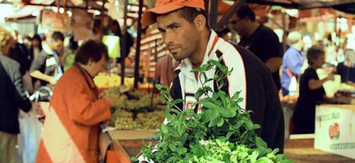 Photo of الأزمة الاقتصادية تدفع مغاربة إيطاليا إلى الهجرة المعكوسة أو اللجوء إلى فرنسا أو بلجيكا