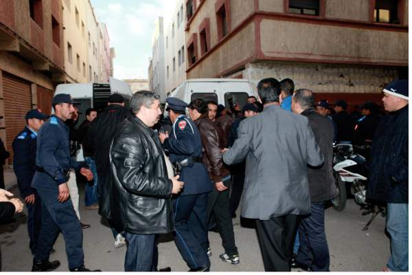 Photo of بالصور: تفكيك عصابة أفرادها شباب تخصصوا في سرقة المحلات التجارية بالبرنوصي