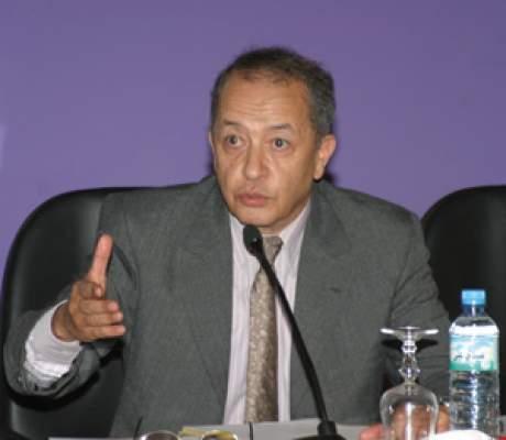 Photo of وفاة المفكر الاقتصادي إدريس بنعلي تخيم على فعاليات مهرجان طنجة للفيلم