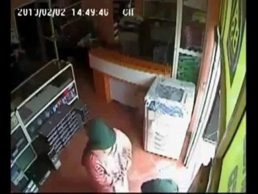 Photo of فيديو: عصابة لسرقة الحواسيب بمدينة سلا