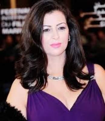 "Photo of فيديو: الممثلة آمال صقر تنجح في استئصال ""المرارة"""