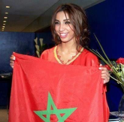 Photo of دنيا باطما: أنا مغربية حُرة فليقل عني الجهلاء ما أرادوا