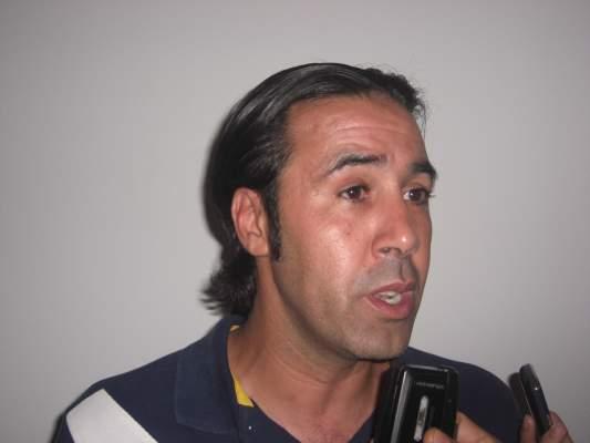 """Photo of بالفيديو، هشام الدميعي، مدرب الكوكب المراكشي لـ""""أكورا"""": الكوكب فريق كبير ولكن"""