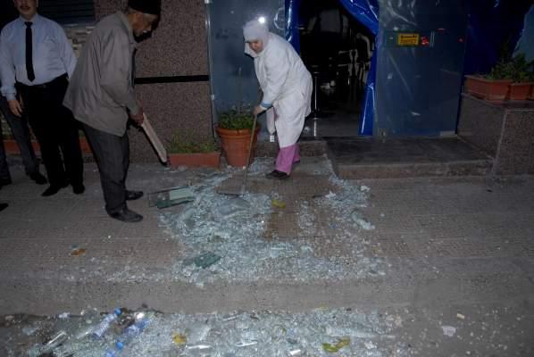 Photo of بالفيديو: هجوم همجي لجماهير الفريق العسكري على المحلات التجارية