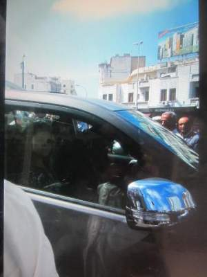 Photo of امرأة تصفع شرطي في مرس السلطان بالدار البيضاء