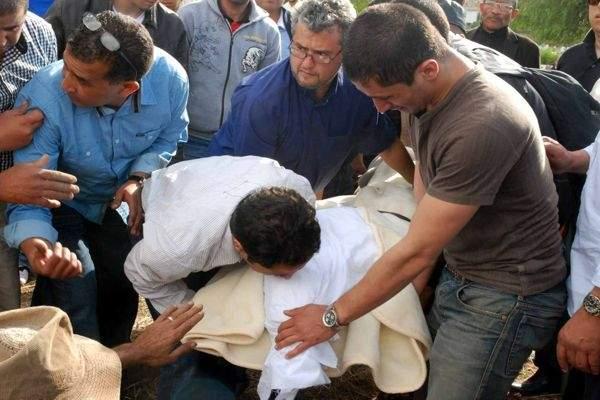 """Photo of زكرياء عبوب يؤكد لـ""""أكورا"""" تقديمه شكاية ضد رئيس الرجاء بتهمة التسبب في وفاة والده"""