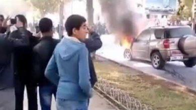 Photo of سيارة مشتعلة بفاس تنفجر أمام ذهول عشرات المتفرجين