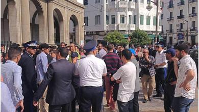 """Photo of منع مسيرة لأطر """"البرنامج الحكومي 10000 إطار"""" بمدينة تطوان"""