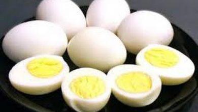 Photo of هل تعلم ماذا يحدث للجسم عند المداومة على تناول البيض يومياً؟