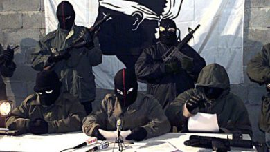 Photo of مجموعة سرية تحذر الجهاديين في فرنسا.. وهولاند يعتزم إنشاء حرس وطني