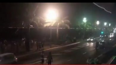 Photo of فرنسا: شاحنة تدهس حشدا في نيس وأنباء عن مقتل عدة أشخاص