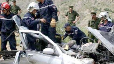 Photo of الجزائر.. حادثة سير مروعة تودي بحياة سبعة أشخاص من بينهم ثلاثة أطفال