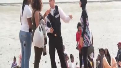 """Photo of بالفيديو : شرطي ينزع""""بوركيني"""" فتاة بالقوة في بريطانيا.. شاهد ردة فعل المواطنين"""