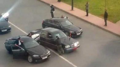 """Photo of الأمن يعتقل """"سمايرية"""" يعترضون موكب الملك محمد السادس"""