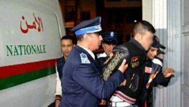 Photo of توقيف أزيد من 100 شخص في يوم واحد لتورطهم في قضايا إجرامية مختلفة بفاس
