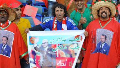 Photo of شاهد: مشجع المنتخب يتضامن مع سعد المجرد