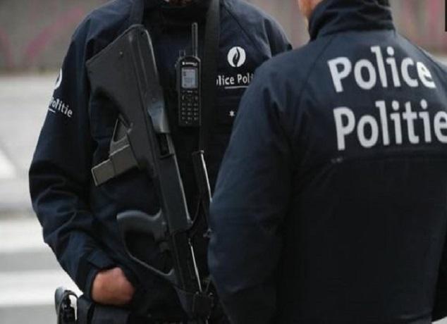 """Photo of رغم """"الجنون"""".. مغربي يواجه حكما ثقيلا بسبب الاعتداء على شرطيين في بلجيكا"""