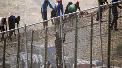 Photo of إحباط محاولة اقتحام جماعي ل 400 مهاجر سري لمدينة سبتة المحتلة