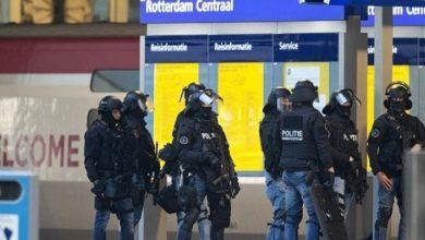 Photo of هولندا تعتقل عامل ميناء مغربي بتهمة الإرهاب وشقيقه يدفع بفبركة القضية