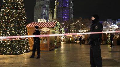 Photo of 12 قتيلا وعشرات الجرحى في عملية الدهس بسوق الميلاد برلين