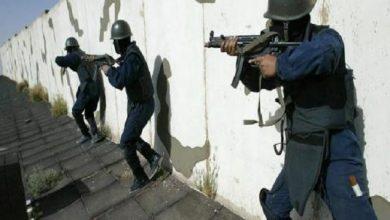 Photo of تقارير: شخصان فجرا نفسيهما في مواجهة مع قوات الأمن في جدة