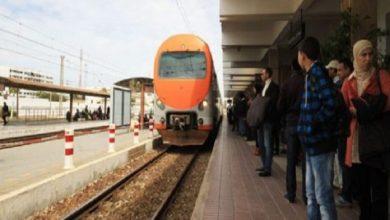 Photo of بسبب الفيضانات .. إلغاء 14 رحلة قطار على خط البيضاء طنجة وتسجيل 28 تأخير