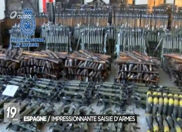 إسبانيا..العثور على أسلحة حربية في شحنة كبيرة ضبطت في يناير الماضي
