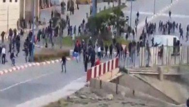 Photo of إصابة 14 شخصا بجروح ورضوض بسبب مواجهات بين مشجعي الوداد و الحسيمة