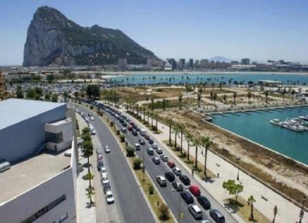 استئناف حركة النقل البحري بين ميناءي طنجة-المدينة وطريفة الإسباني